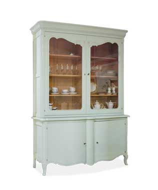 Louis XV Showcase